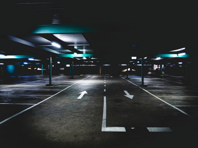 parking lot choice marcus wallis 416821 unsplash 640x480